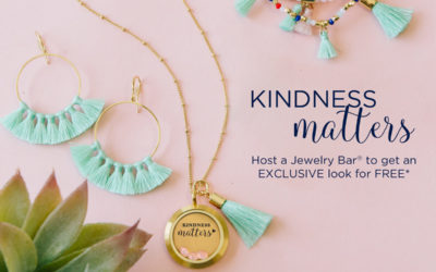"""Show That """"Kindness Matters"""" with our August Hostess Exclusive Look"""