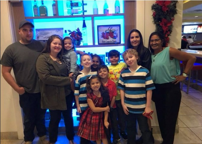 "4th Annual Live Sparkly ""Share the Sparkle"" Campaign Gives Back to Deserving Family"